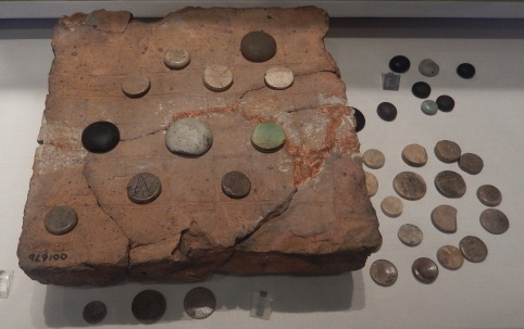 Roman_board_game_from_Silchester