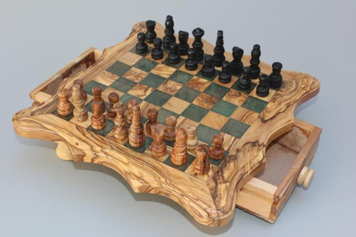 Olive_Wood_Chess_set_-_Black_Square_-_Medium_Size_02_1024x1024