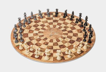 Three-Player-Circular-Chess-647x441
